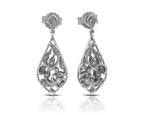 https://www.kranichs.com/upload/product/medium_Empress_Silver_Earrings_VE-15054-01__195.png
